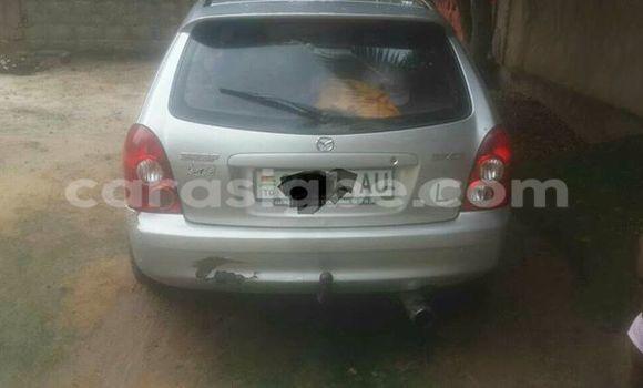 Acheter Voiture Mazda 323 Gris à Lomé en Togo