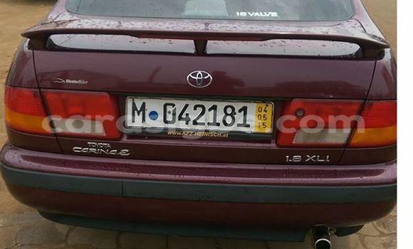 Acheter Voiture Toyota Carina Rouge à Lomé en Togo