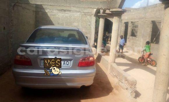 Acheter Voiture Toyota Avensis Gris à Lomé en Togo