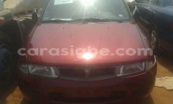 Acheter Voiture Mitsubishi Carisma Rouge à Lomé en Togo
