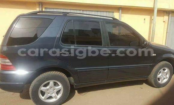 Acheter Voiture Mercedes-Benz ML-Class Noir à Lomé en Togo
