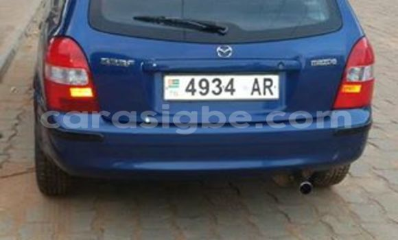 Acheter Voiture Mazda 323 Bleu à Adawlato en Togo