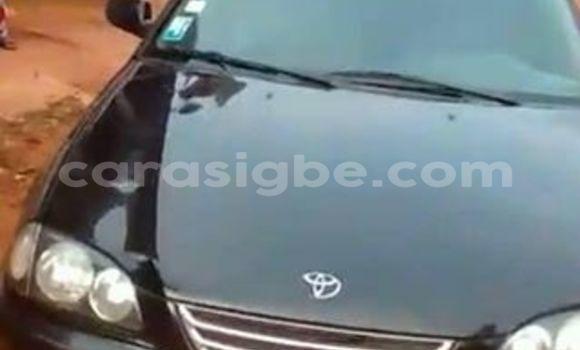 Acheter Voiture Toyota Avensis Noir à Adawlato en Togo